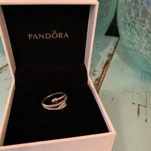 Pandora Wrap Around Arrow Ring Sterling Size 7